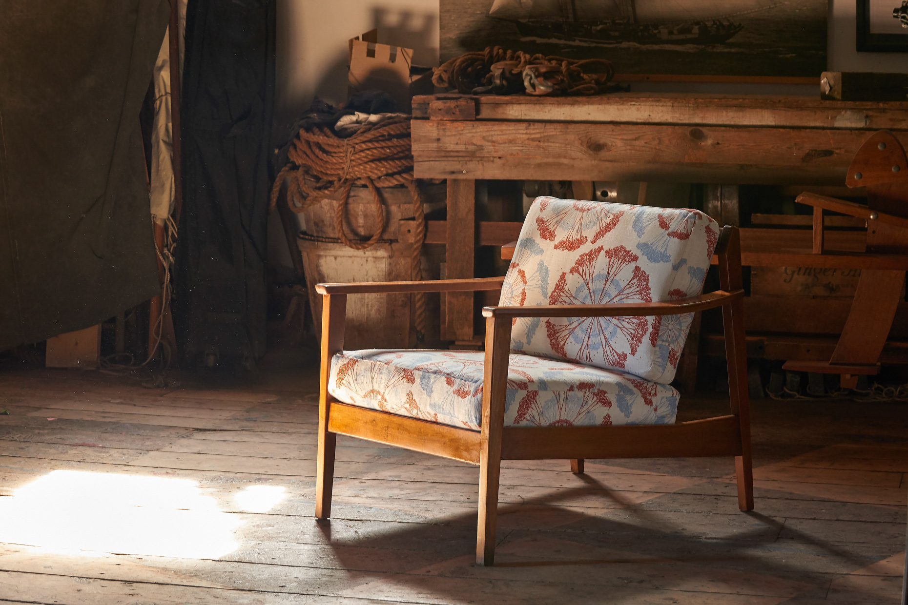 Advertising product photographer antique chair modern upholstery
